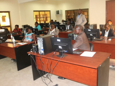 refering-to-commercial-courts-and-paying-enrolment-fees-is-now-possible-online