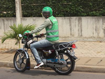 gozem-et-total-togo-s-allient-pour-sensibiliser-les-chauffeurs-a-devenir-eco-responsables