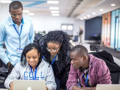 university-of-lome-hosts-10-000-codeurs-togo-a-meeting-showcasing-employment-opportunities-in-the-digital-sector
