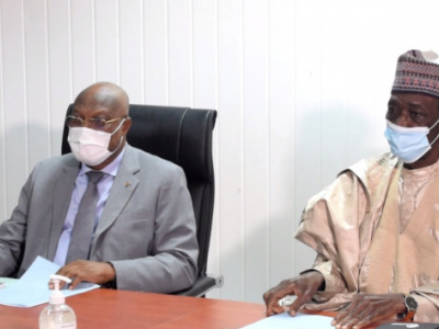 officials-from-togo-and-niger-s-ministries-of-transport-discuss-challenges-the-sector-faces