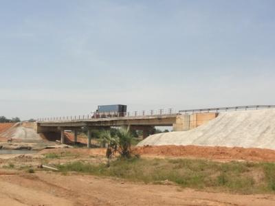 la-douane-togolaise-et-le-port-de-lome-en-operation-de-charme-a-niamey