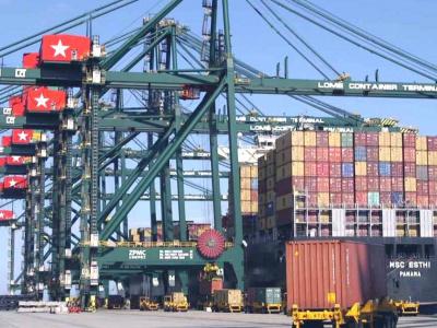 le-port-de-lome-remporte-le-prix-du-meilleur-hub-de-transbordement-en-afrique-de-l-ouest-et-du-centre