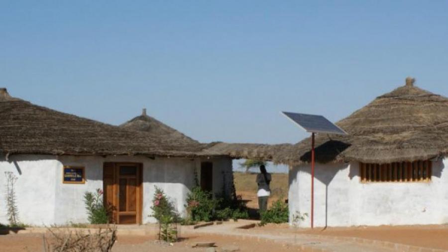 solar-welight-eyes-the-togolese-market