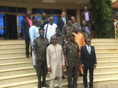 signature-d-un-accord-pour-l-interconnexion-des-systemes-informatiques-douaniers-du-togo-burkina-et-niger