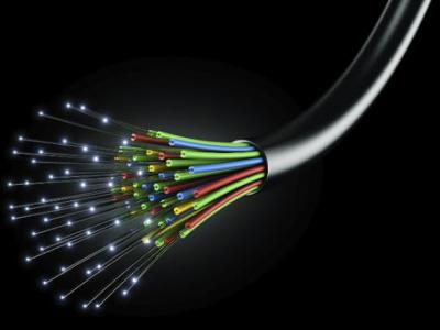 au-togo-les-entreprises-en-charge-des-travaux-de-btp-desormais-tenues-de-deployer-la-fibre-optique