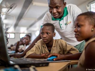au-togo-lancement-de-l-elaboration-d-une-politique-nationale-pour-l-integration-des-tic-dans-l-enseignement