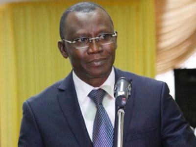 togo-sani-yaya-appelle-les-banques-a-baisser-leurs-taux-d-interet
