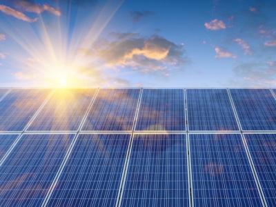 9e-ag-de-l-irena-le-togo-decroche-un-financement-de-15-millions-pour-implanter-une-centrale-solaire-de-30-mw