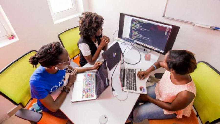 togo-us-embassy-s-emerging-voices-center-recruits-12-tech-entrepreneurs