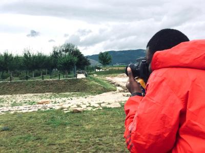 global-youth-video-competition-le-togolais-gnim-mignake-vise-le-top-avec-son-projet-de-transformer-les-depotoirs-sauvages-en-jardins-potagers