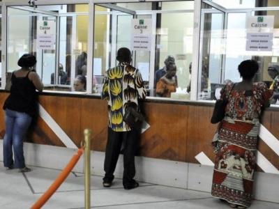 togo-les-banques-et-etablissements-financiers-reamenagent-leurs-horaires
