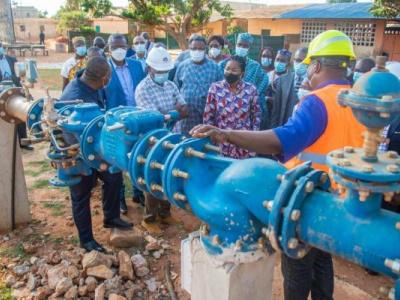 acces-a-l-eau-potable-le-togo-veut-anticiper-sur-la-demande-dans-la-capitale