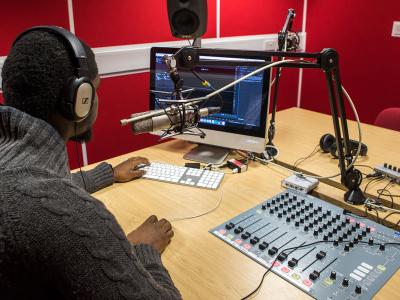 la-haac-prolonge-le-delai-de-son-appel-d-offres-pour-la-mise-en-place-de-nouvelles-stations-radios-privees