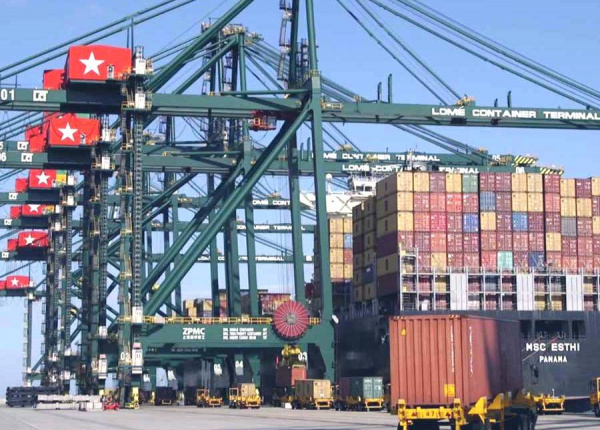 Container traffic at the port of Lomé hits a new record