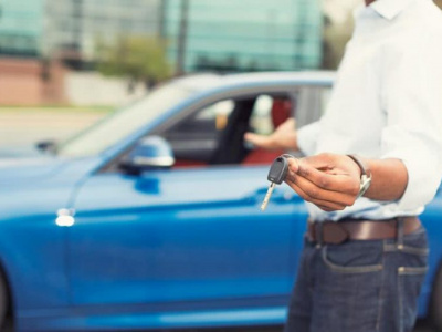 lome-prevoit-de-reconduire-l-incitatif-fiscal-a-l-achat-de-voitures-neuves