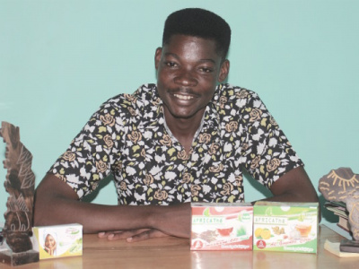 atchabao-achad-d-africa-the-nous-voulons-mettre-notre-the-dans-toutes-les-boutiques-du-togo-et-partout-en-afrique