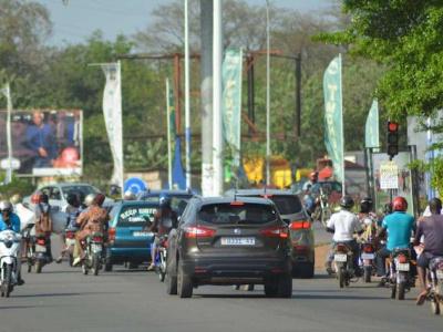 arrete-ministeriel-actant-la-baisse-des-droits-de-douane-sur-les-vehicules