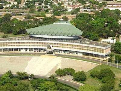 le-gouvernement-va-rehabiliter-les-palais-des-congres-de-lome-et-de-kara