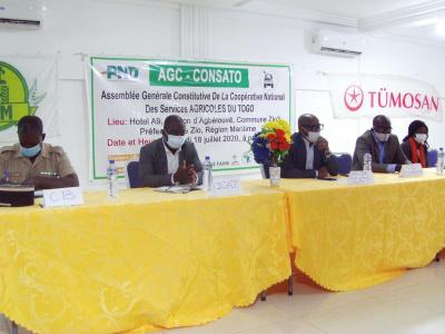 togo-les-conducteurs-de-tracteurs-se-reunissent-en-cooperative