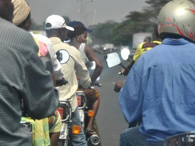 togo-une-tournee-nationale-pour-formaliser-1400-conducteurs-de-taxi-moto