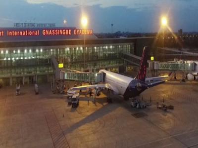 covid-19-baisse-d-environ-50-du-trafic-de-passagers-a-l-aeroport-de-lome