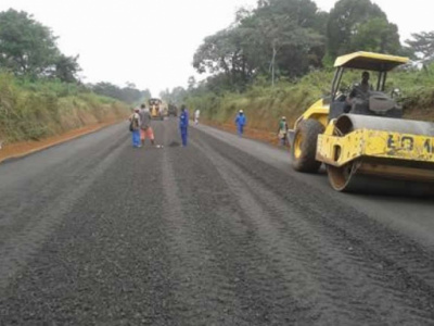 togo-le-gouvernement-prevoit-de-rehabiliter-et-bitumer-la-route-sokode-tchamba-frontiere-benin-en-2021