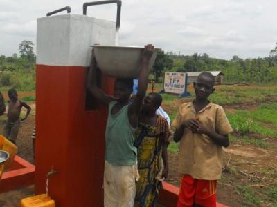 togo-un-marche-de-194-millions-fcfa-pour-des-approvisionnements-en-eau-potable-dans-la-region-des-savanes