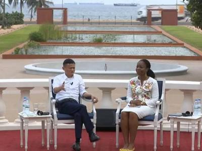 a-lome-jack-ma-devoile-ses-recettes-miracles-aux-jeunes-leaders-africains