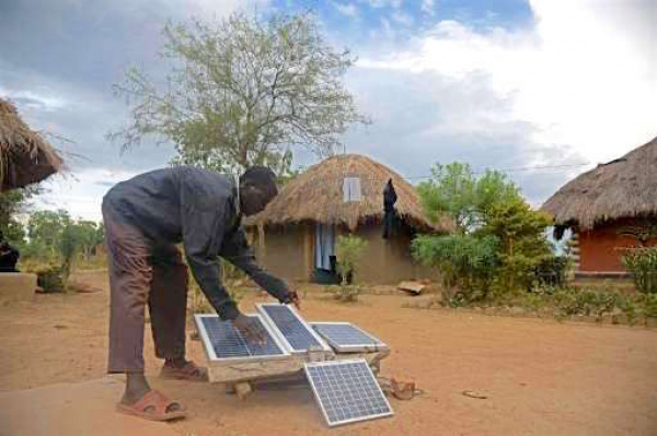 Togo : Compact with Africa to help set 100,000 off-grid solar home systems in the framework of the CIZO project