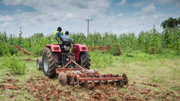 Togo: KFB Group and MIFA team up to support agricultural entrepreneurs interested in mechanizing their operations