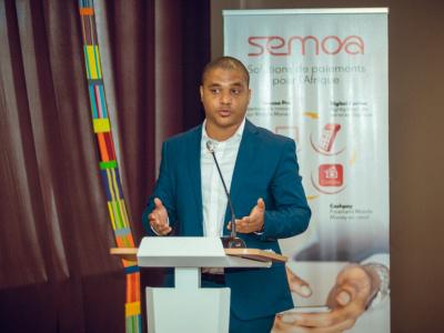 semoa-lance-une-solution-de-retrait-mobile-money-aux-distributeurs-automatiques-d-ecobank