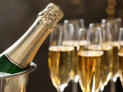 togo-imported-almost-160-000-bottles-of-champagne-in-2019