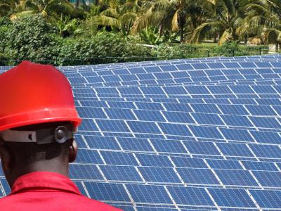 strategie-nationale-d-electrification-le-togo-va-installer-60-mini-reseaux-solaires-avant-fin-2020
