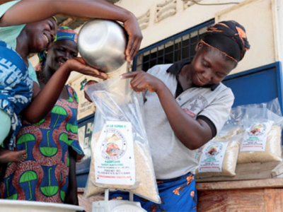 togo-the-world-bank-praises-the-women-of-anie-for-producing-premium-parboiled-rice