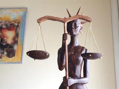 evelyne-hohoeto-juge-a-la-ccja-de-l-ohada-j-ai-derriere-moi-la-rigueur-des-togolais-en-ce-qui-concerne-le-travail-bien-fait