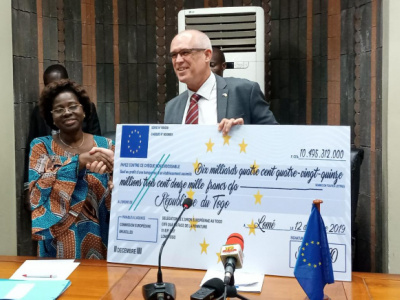 togo-eu-disburses-the-first-tranche-of-funds-to-support-the-2019-2020-budget
