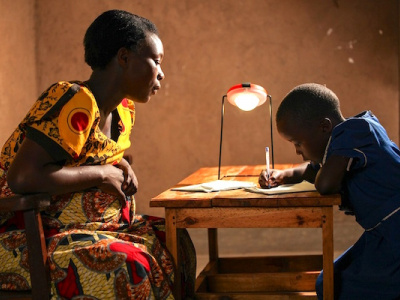 togo-greenlight-planet-to-provide-populations-300-000-solar-kits-by-2022