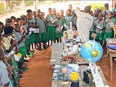 la-start-up-mobile-labo-du-togolais-dodzi-agaglo-remporte-le-prix-africain-de-l-innovation-dans-l-education