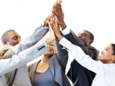 le-tropics-business-summit-lance-un-appel-a-projets-qui-devrait-interesser-les-entrepreneurs-togolais