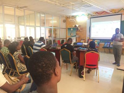 le-promoteur-d-africa-fintech-forum-en-prospection-a-lome