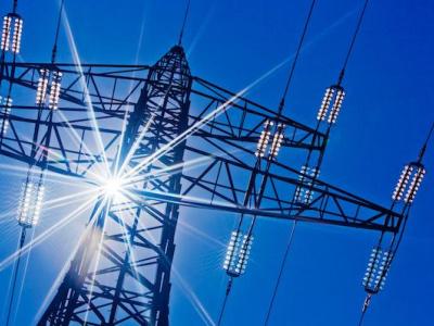 barrages-hydroelectriques-centrales-solaires-et-thermiques-a-charbon-le-pnd-pour-mettre-le-turbo