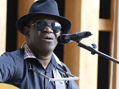 jimmi-hope-premier-rockeur-africain-j-ai-foi-en-l-avenir-de-mon-pays