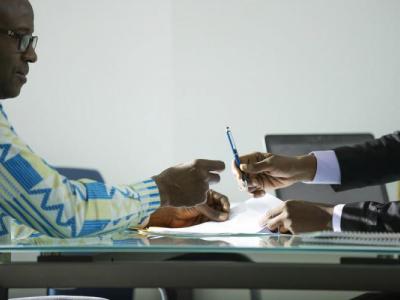 au-togo-les-banques-ont-accorde-des-reports-d-echeance-a-pres-de-1900-acteurs-dont-438-entreprises-en-2020