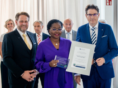 togolese-prime-minister-receives-carl-von-carlowitz-prize-for-sustainable-development
