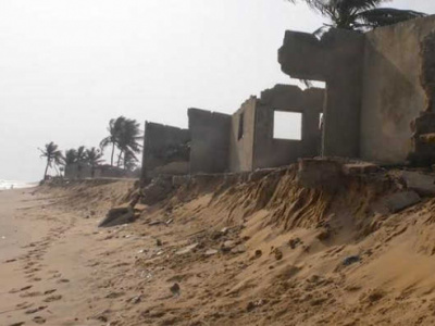 200-local-community-actors-are-being-trained-to-better-tackle-coastal-erosion-in-togo