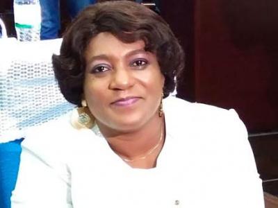 togo-yawa-tsegan-djigbodi-premiere-femme-portee-a-la-tete-du-parlement