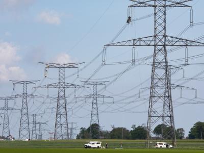 togo-e-hub-une-entreprise-togolaise-retenue-pour-les-travaux-d-electrification-de-l-agro-parc-de-kara
