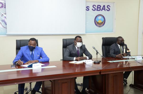 """Togo: de nouvelles procédures douanières pour les """"duty free"""" de l'aéroport de Lomé"""