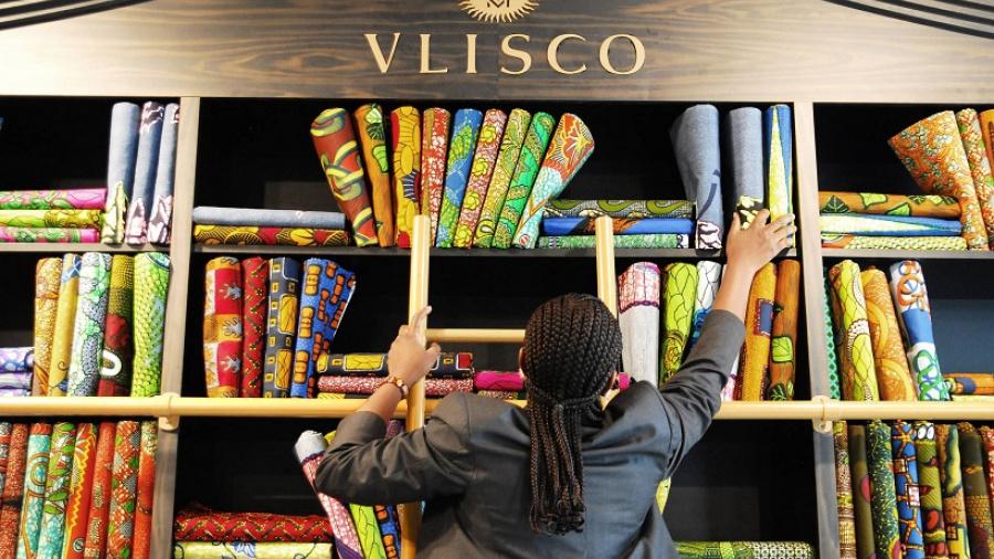 vlisco-lance-un-appel-a-formation-en-business-plan-pour-soutenir-des-createurs-de-mode-togolais