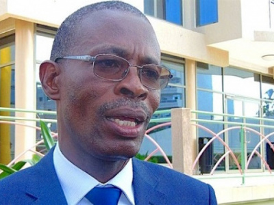 fiatuwo-kwadjo-sessenou-a-la-table-ronde-sur-la-reforme-fonciere-la-reforme-fonciere-restaure-la-confiance-entre-les-clients-et-les-banques